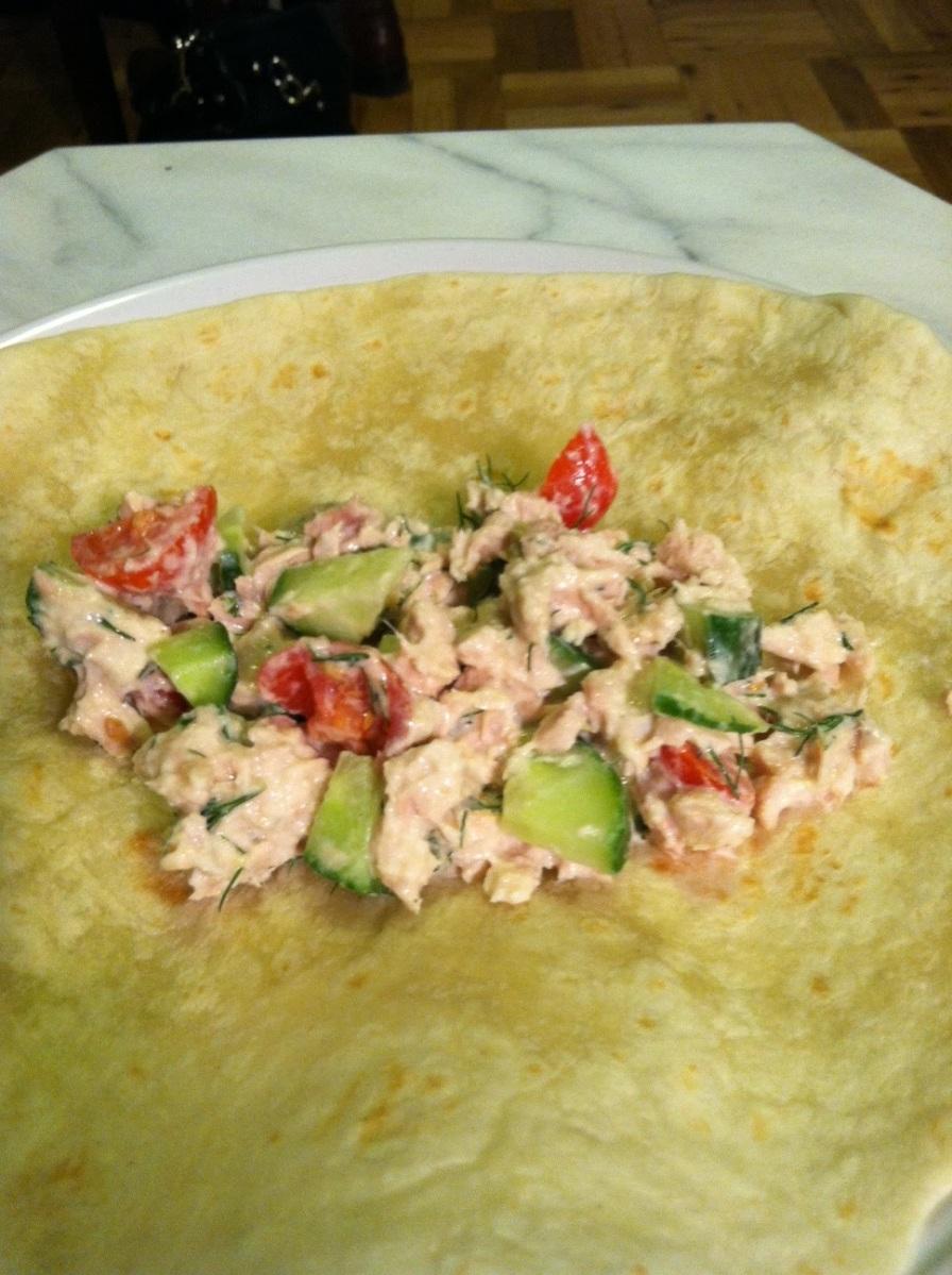 Tzatziki Tuna Salad