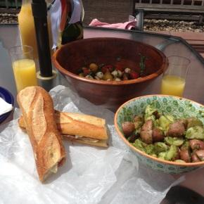 Prosciutto, Brie, and AppleSandwiches