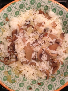 Rice with Mushrooms and Onions