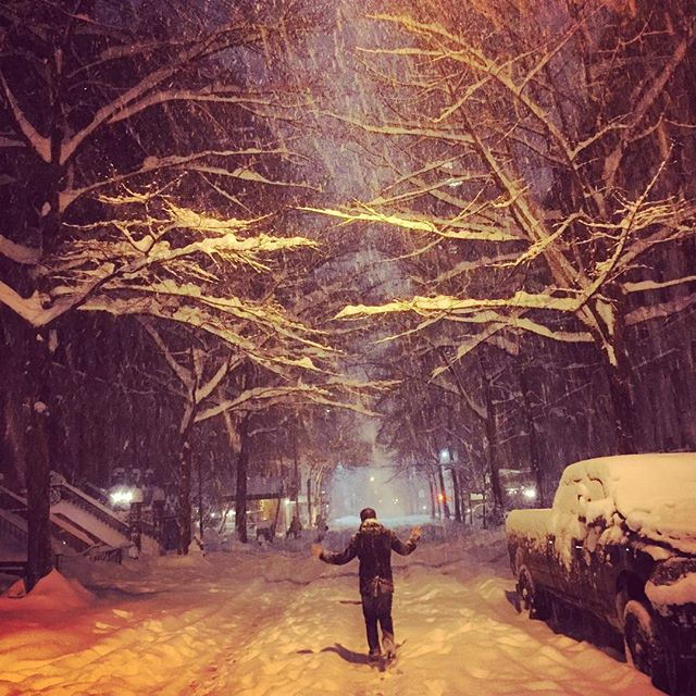 In almost 9 years I've never seen the city shut down like this. Walked all the way back to our #murrayhill apt from the #uws - middle of the street the whole way - and didn't see a single sign of life. ☃❄️ #snowday #stormjonas #whycouldntthishavehappenedonaweekday #hunkerdown #snowzilla