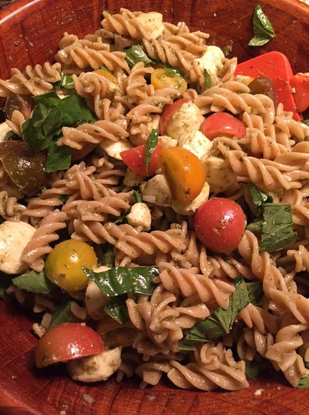 caprese pasta salad1