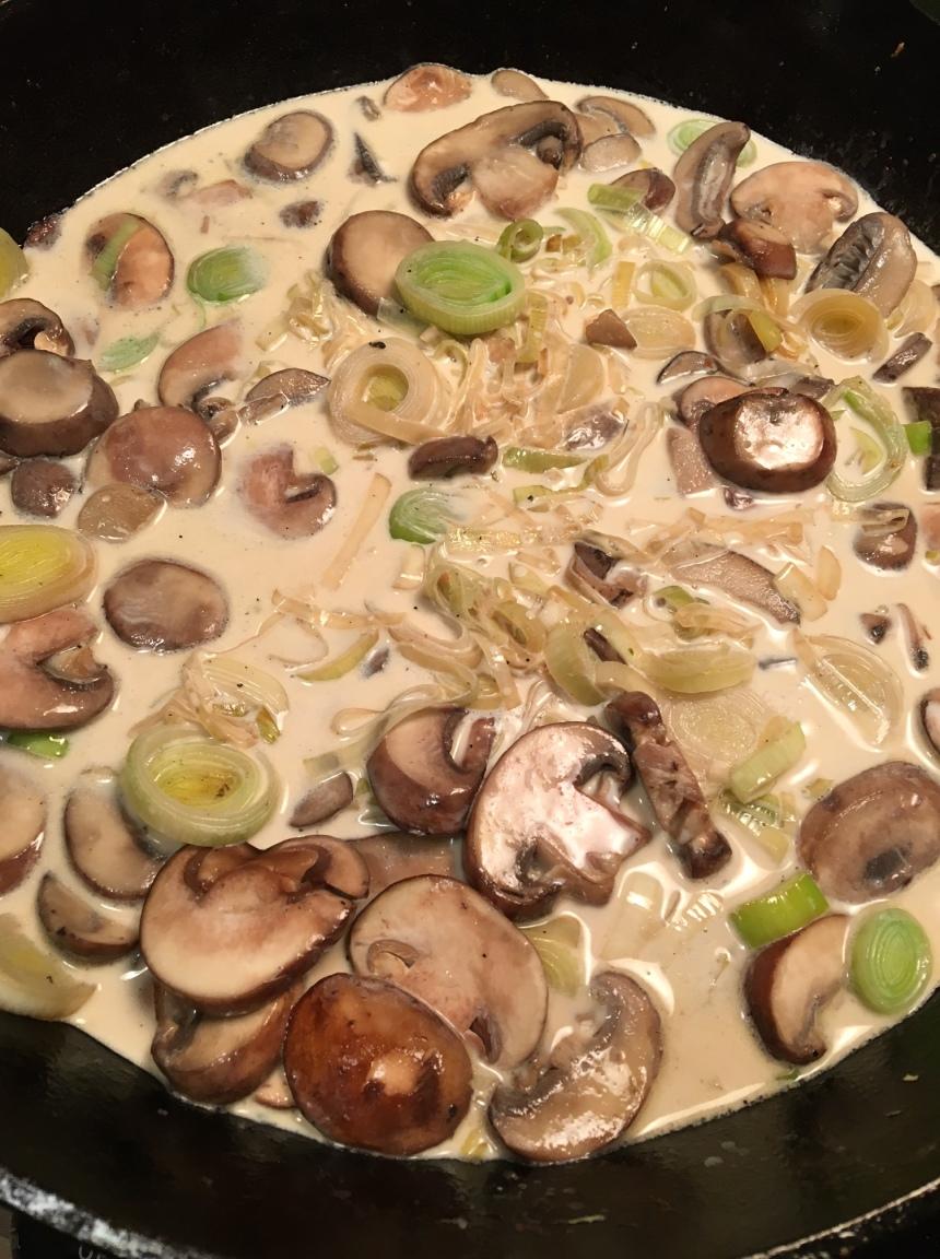 creamy mushroom leek chicken1