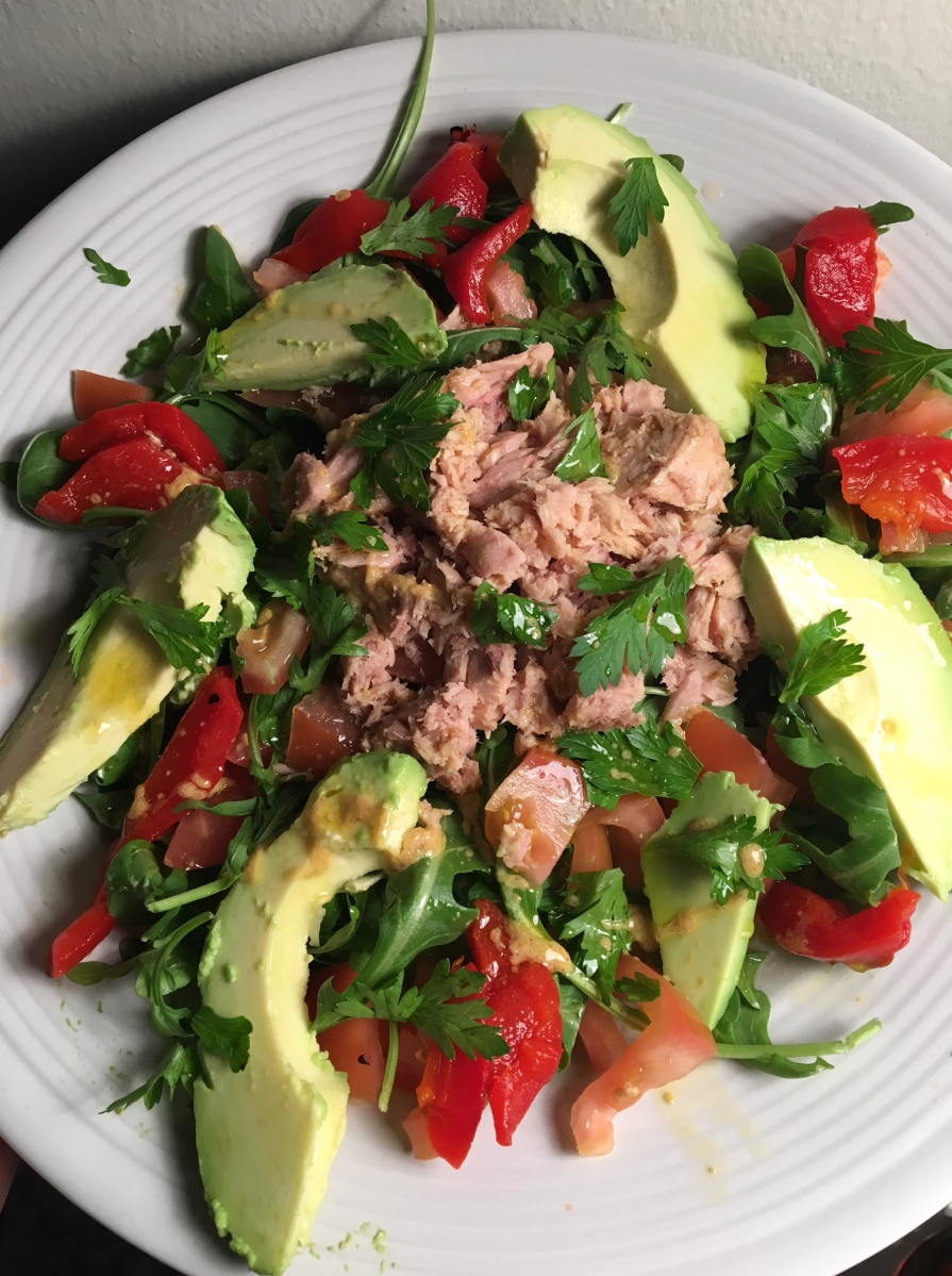 Arugula, Tuna, Avocado, and Roasted Red Pepper Salad