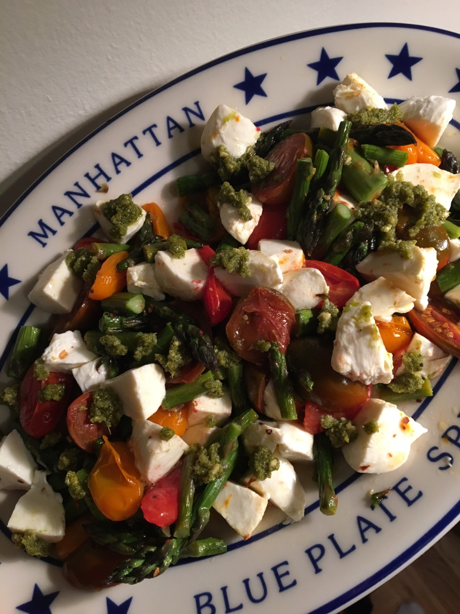 Roasted Asparagus Caprese Salad