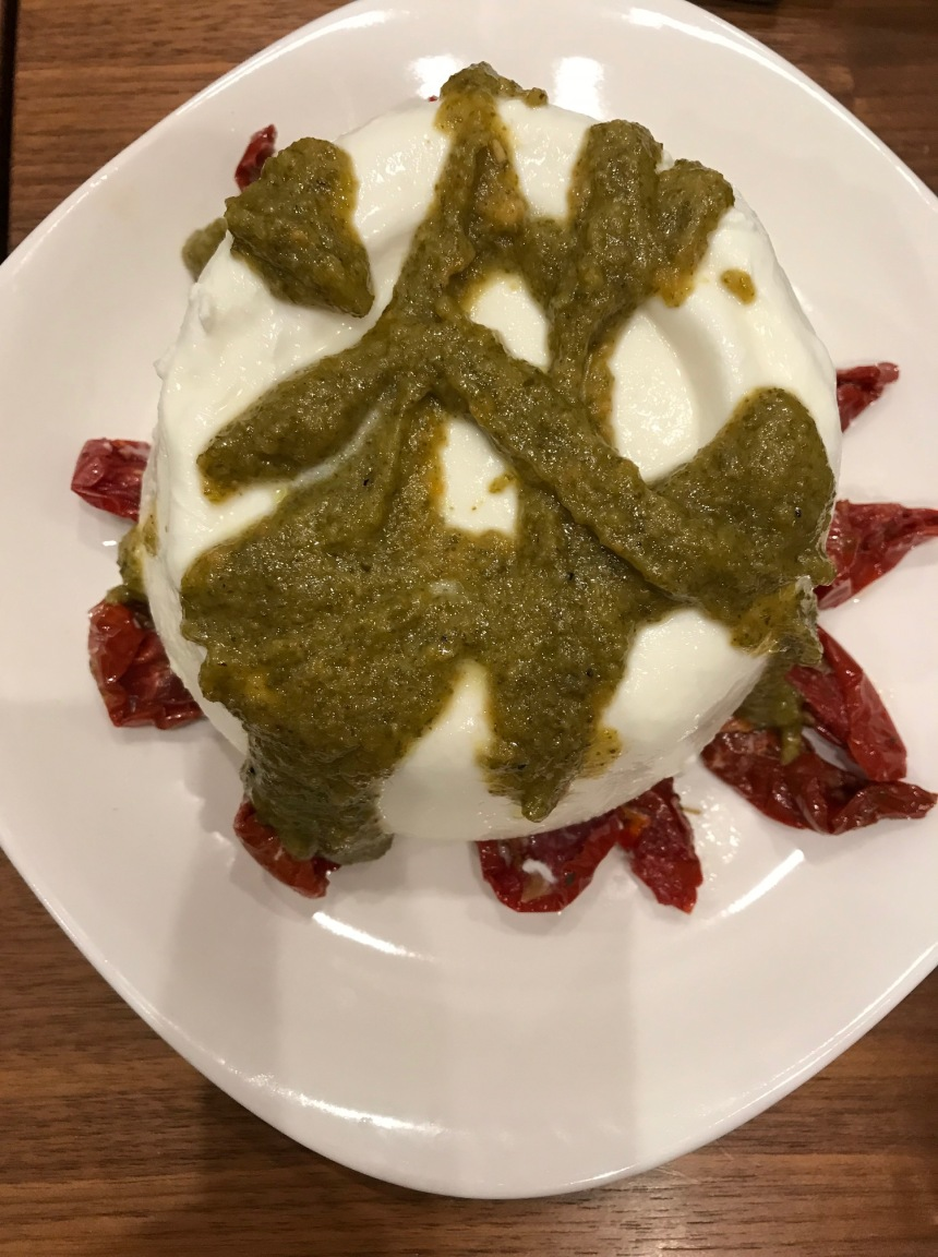burrata with sundried tomatoes and truffle pesto3