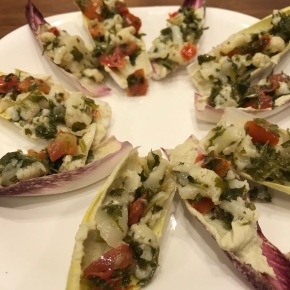Snickity Snack: Endive with Hummus andTabbouleh
