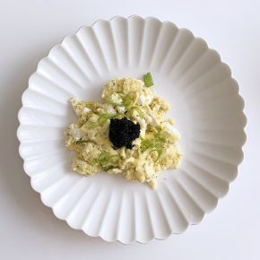 Eggs with Cream Cheese and Caviar